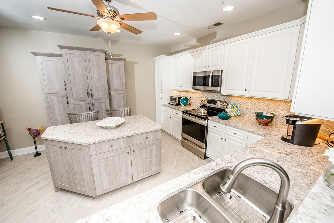 Ocean Shore Accent Kitchens And Bath Kitchen And Bath
